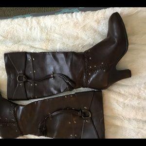 Aerosols Knee High Brown Heel Boots 6 1/2